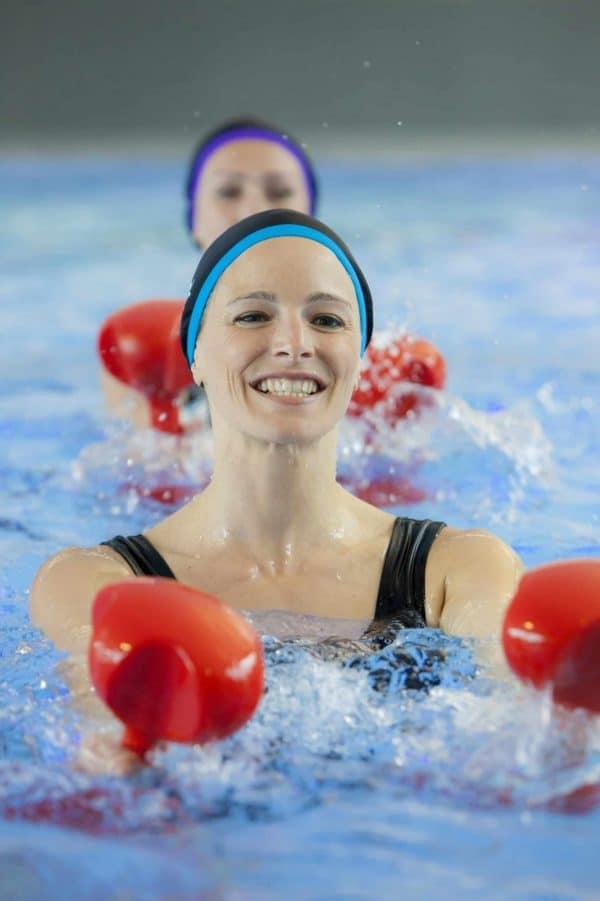 Bonnet de bain Mia bleu turquoise CARDO Paris piscine maillot de bain déperlant joli élégant confortable français