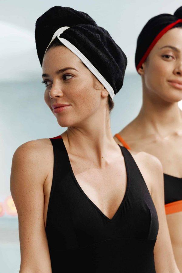 CARDOTICO Serviette cheveux eponge noire ganse blanche CARDO Paris piscine swimwear joli élégant confortable français