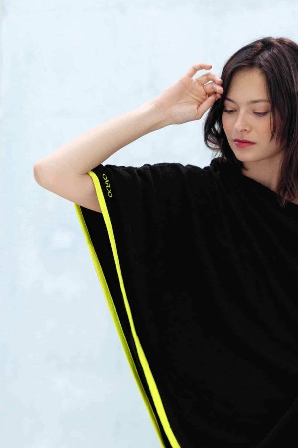 Poncho eponge bamboo jaune CARDO Paris piscine swimwear joli élégant confortable français absorbant