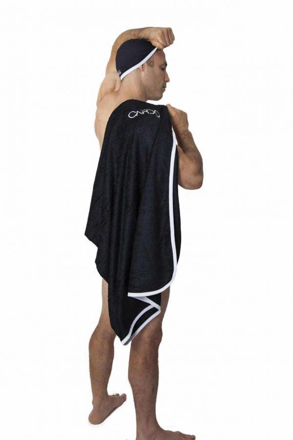 Maillot de bain homme CARDO Paris piscine swimwear joli élégant confortable français bonnet de bain serviette éponge